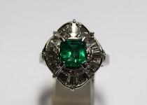 「エメラルド ダイヤ 指輪 買取りました」