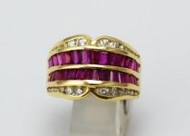 「ルビー ダイヤモンド 指輪 宝石 買取りました」