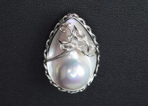 「パール 真珠 ブローチ 宝石 買取りました」