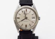 「ユリス・ナルダン 腕時計 買取りました」