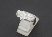「ダイヤモンド 宝石 買取りました」