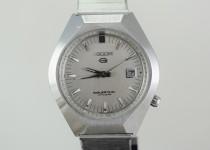 「リコー 腕時計 買取りました」