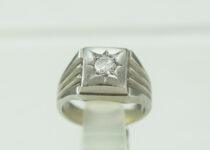 「印台 ダイヤモンド 指輪 宝石 買取りました」