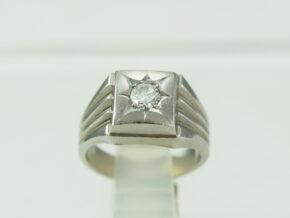 印台 ダイヤモンド リング